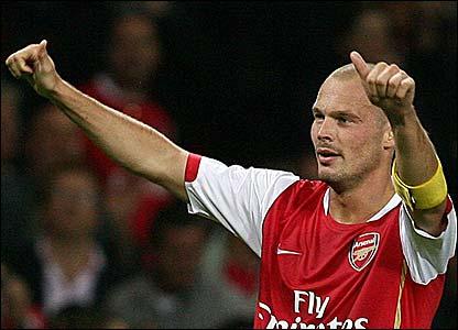 Freddie Ljungberg celebrates scoring for Arsenal