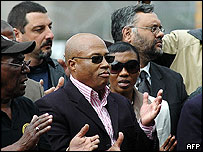 Tony Yengeni (c) and Ebrahim Rassool (r)