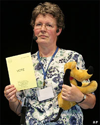 Jocelyn Bell-Burnell and Pluto dog (AP)