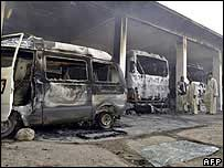 Buses burnt out by rioters in Quetta