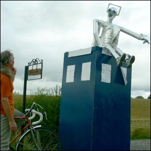 Tardis scarecrow (picture by Duncan Kirkhope)