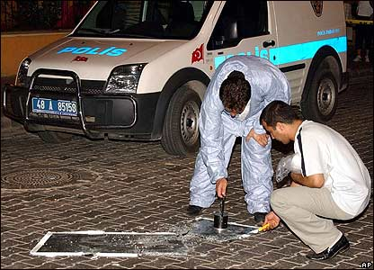 Forensics officers at the scene of the attacks in Marmaris