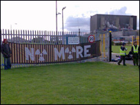 Protesters at Hartlepool nuclear power station