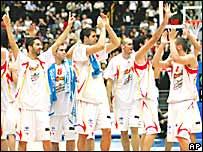 El seleccionado español celebrando la victoria contra Lituania.