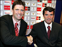 Chairman Niall Quinn and new manager Roy Keane (right)