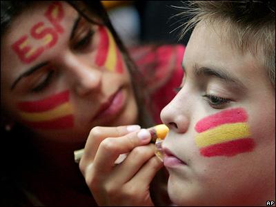 Испанцам, обыгравшим в четвертьфинале чемпионата мира по баскетболу команду Литвы, помогли верные болельщики