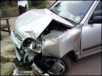 Generic picture of crashed car