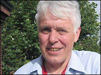 Dr Mike Poulsen