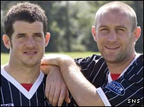 Stevie Crawford with fellow new signing Jim Hamilton