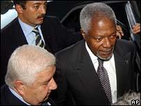 Syrian Foreign Minister Walid al-Moallem (below left) and Kofi Annan