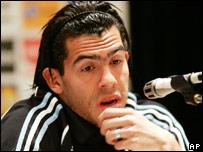 Carlos T�vez