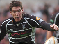 James Hook kicked 12 points as Ospreys held off Edinburgh