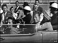 Nellie Connally, left, in a car in 1963 with President John F Kennedy and First Lady Jackie Kennedy before the president was assassinated