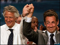 French Prime Minister Dominique de Villepin (left) and Interior Minister Nicolas Sarkozy (right)