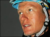 Vinokourov is up to fifth in the standings