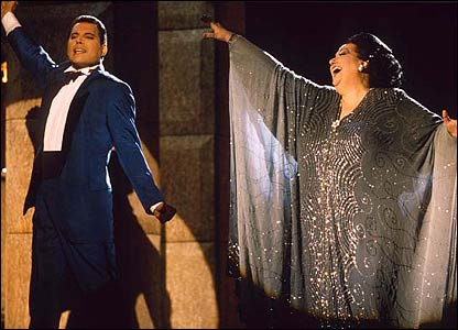 Freddie Mercury & Monserrat Caballe. Ibiza Festival, Spain 1987. (� Richard Young)