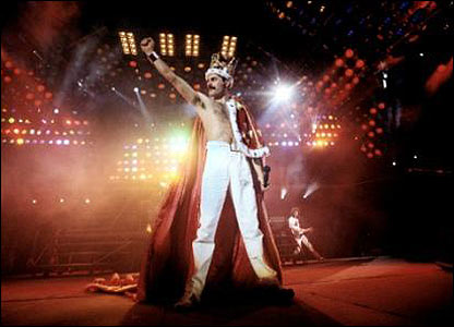 Freddie wearing his crown, Queen's a kind of magic tour, 1986. � Denis O'Regan