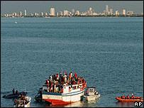 Inmigrantes de Haití lleagando a Miami