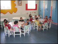 أطفال في مؤسسة للا حسناء للأيتام في الدار البيضاء