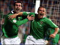 Keith Gillespie (left) and David Healy