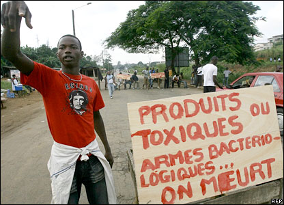 An Ivorian man at a roadblock in Abidjan protest at the dumping of toxic waste