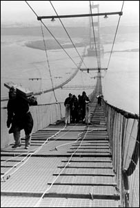 Construction of the Severn Bridge