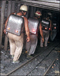 Rescue workers enter coal mine in Bhatdih, Jharkhand
