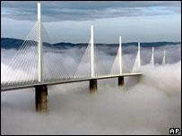 World's highest road bridge crosses the Tarn Valley