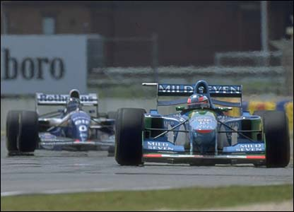 Michael Schumacher leads Damon Hill at Adelaide, November 1994