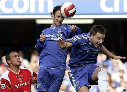 Alberto Ricardo Carvalho scores Chelsea's second