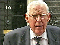 Ian Paisley pictured outside Downing Street