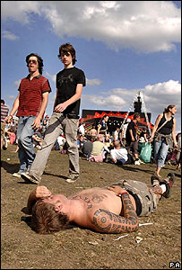 A festivalgoer takes a break at the Reading Festival