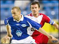Rangers' Barry Ferguson (right)