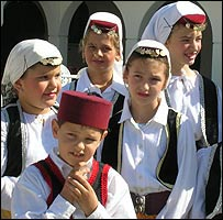 Bosnian folk group at Islamic Centre, Malmo