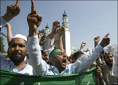 Muslims in Jammu, India, protest against the Pope's comments about Islam