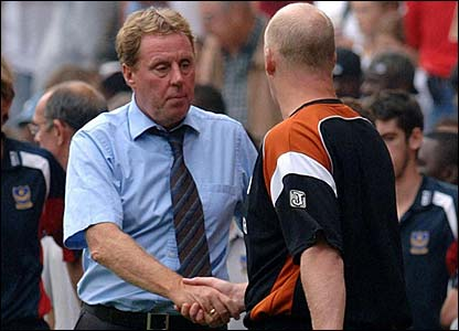 Harry Redknapp shakes hands with Iain Dowie