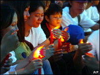 Cambodians gather in Phnom Penh in solidarity with those in Darfur