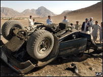Aftermath of bomb attack near Kandahar [16/09/06]
