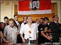 В штабе НДП празднуют победу