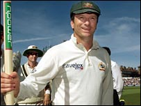 Steve Waugh celebrates at The Oval in 2001