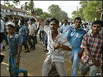 Muslims protest in Pottuvil, 250 km east of Colombo