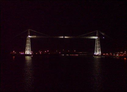 Newport's Transporter Bridge at night (Mark Hawes)