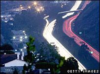 Traffic at night.  Image: Getty