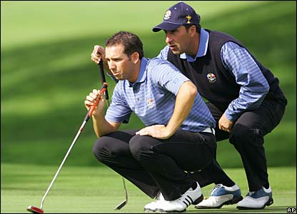 Sergio Garcia and Jose Maria Olazabal practice their putting