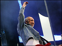 Pete Townshend of the Who performing in Hyde Park 2005