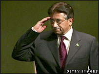 Pakistan's leader, Gen Pervez Musharraf, salutes the UN General Assembly
