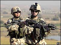 US soldiers on patrol in Iraq