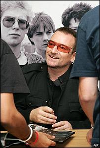 Bono meets fans