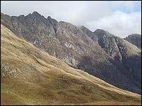 Aonach Eagach - pic Undiscovered Scotland