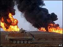 Tanque en desierto iraquí.